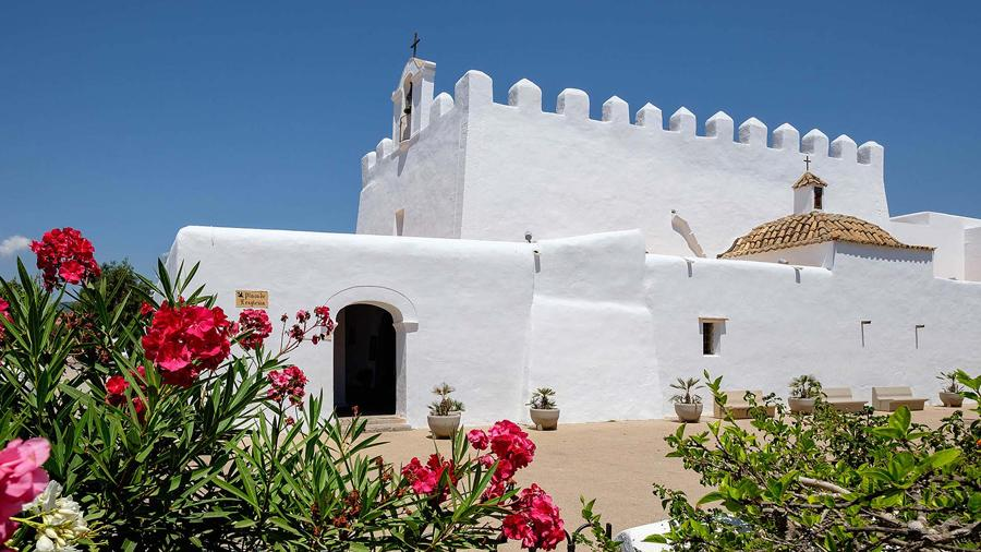 ibiza by car route sant jordi church