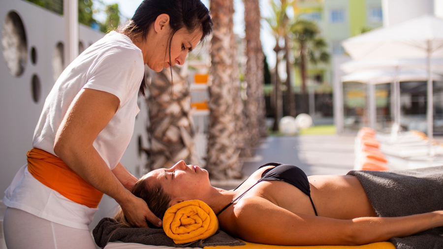 massages ibiza pool area and private room
