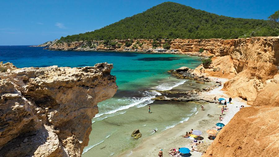 Es Bol Nou, also know as Sa Caleta beach © Consell d'Eivissa