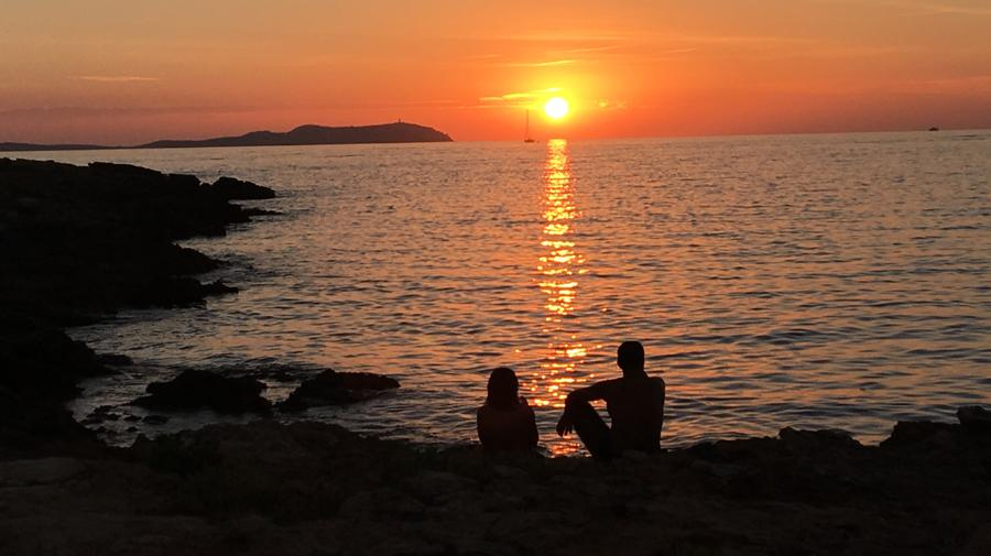 ibiza couple sunset Cap Blanc