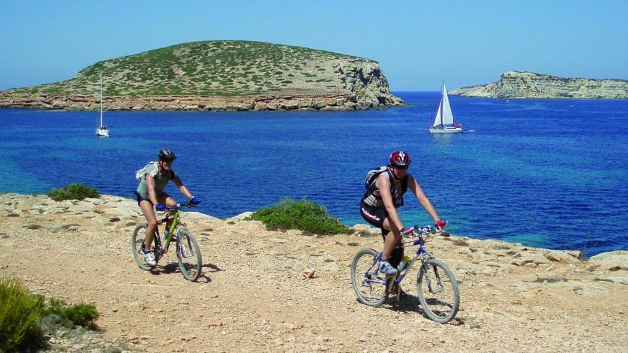 walking routes ibiza spring