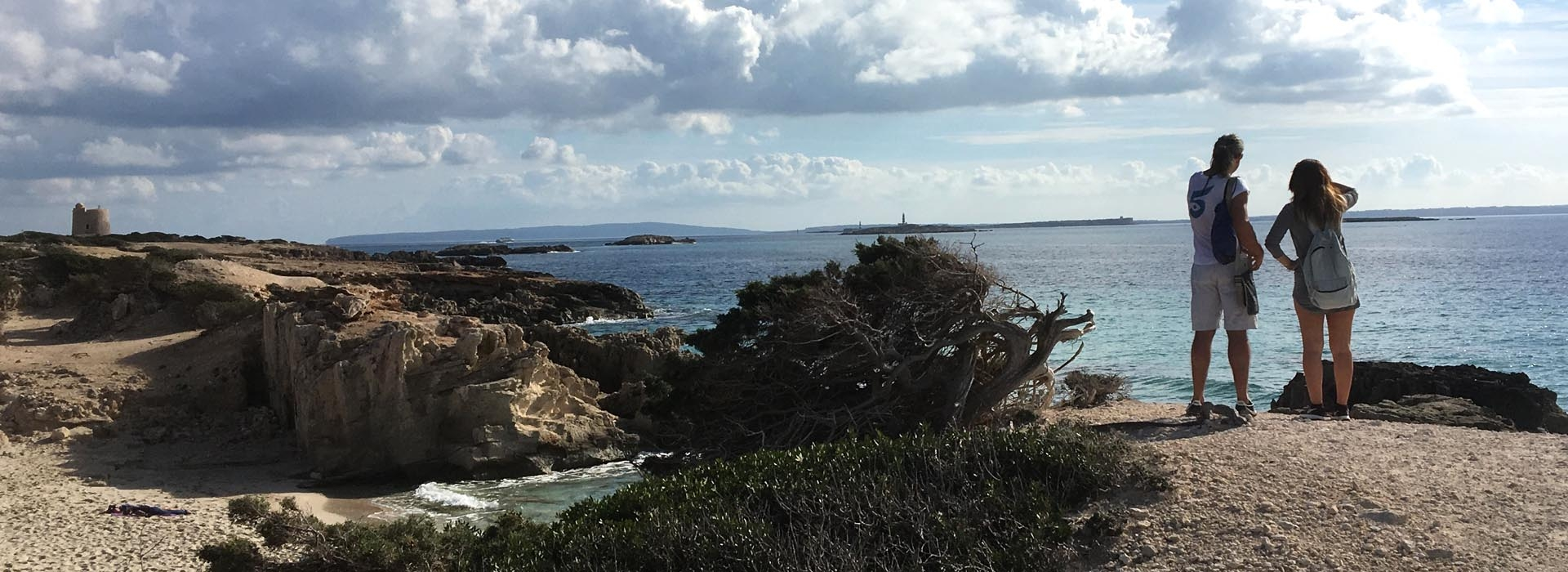 walking routes in Ibiza for spring